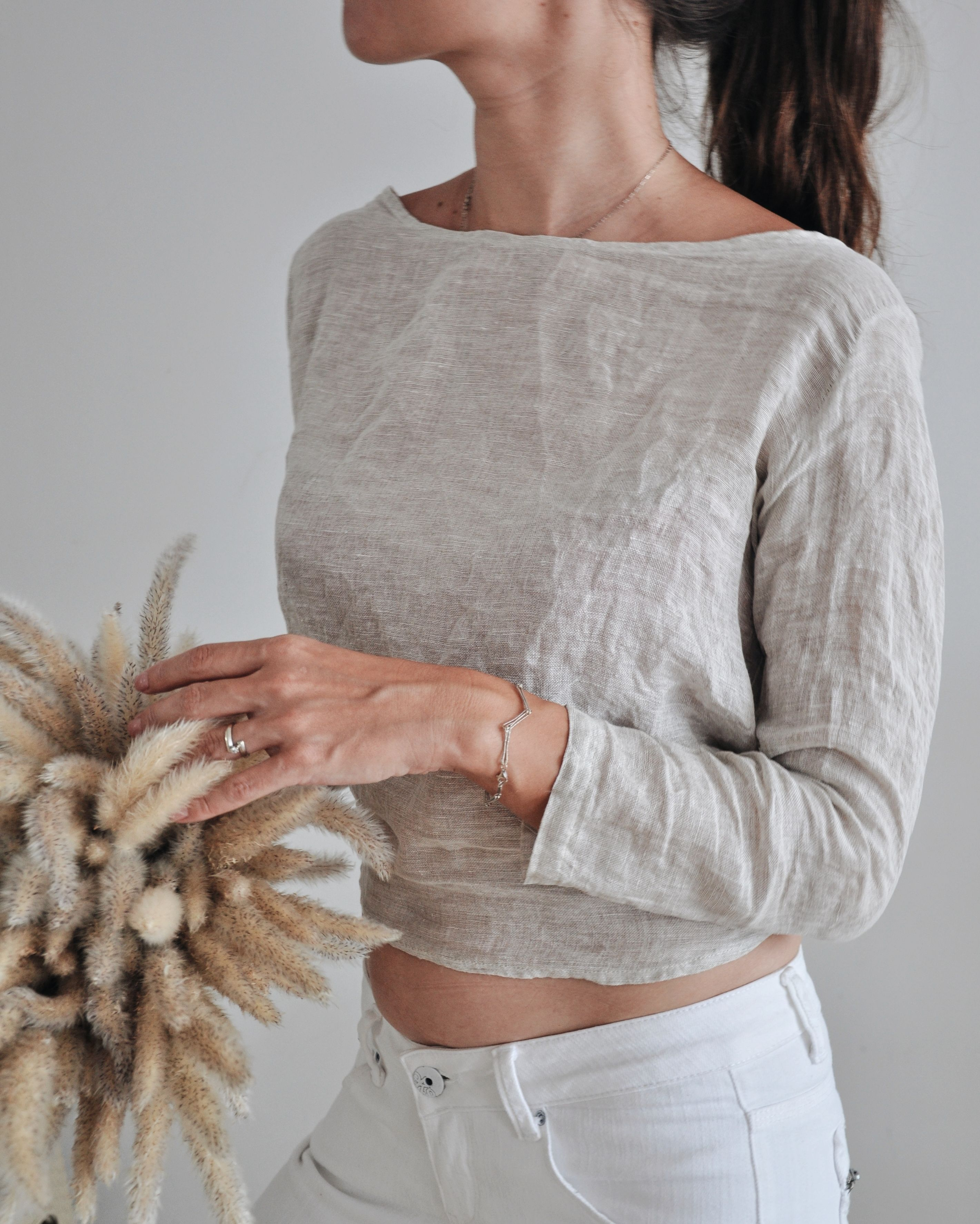 Pure linen & pearl top